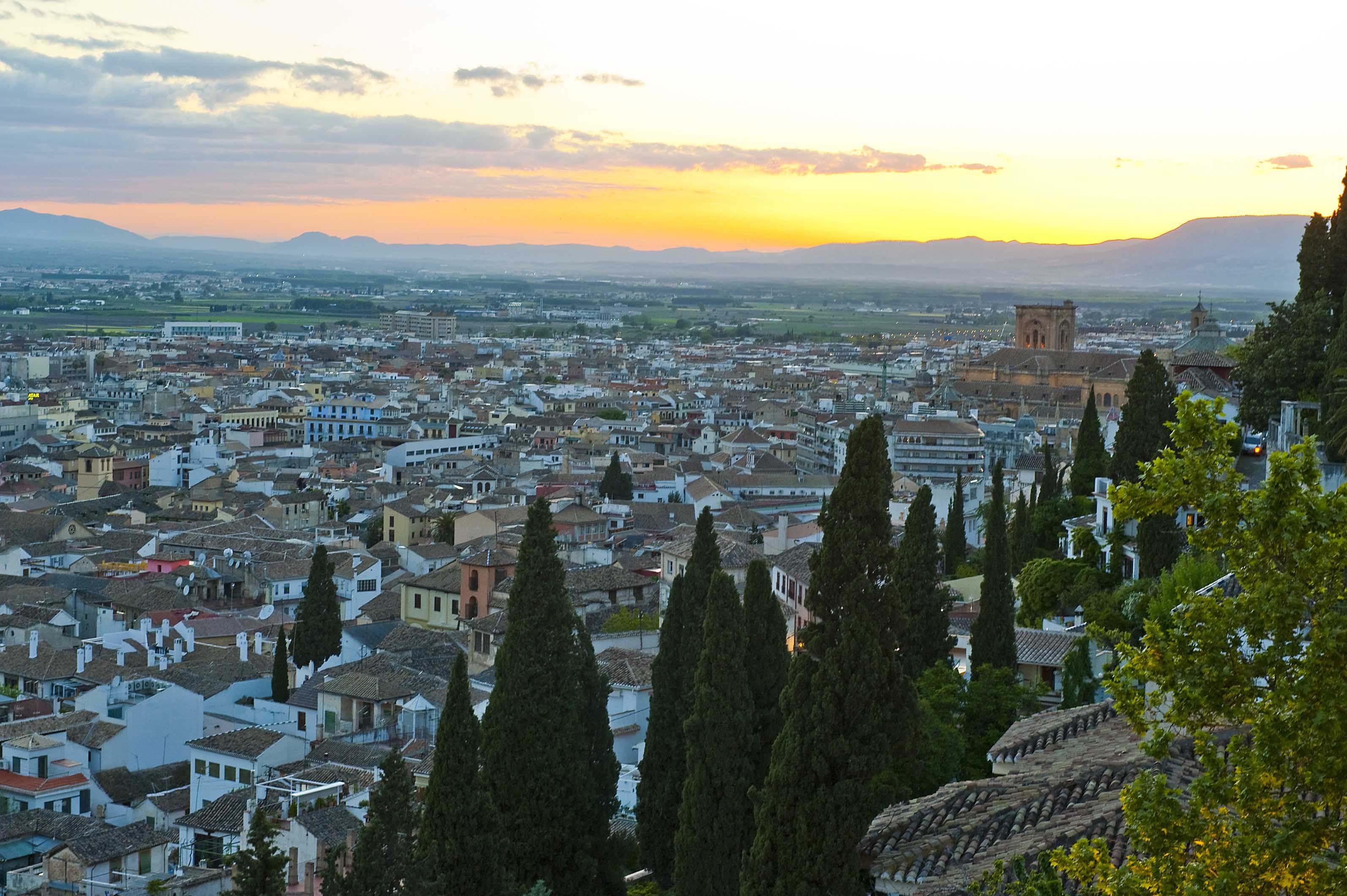 Descubre por qu la terraza del alhambra palace es el for Que es la terraza