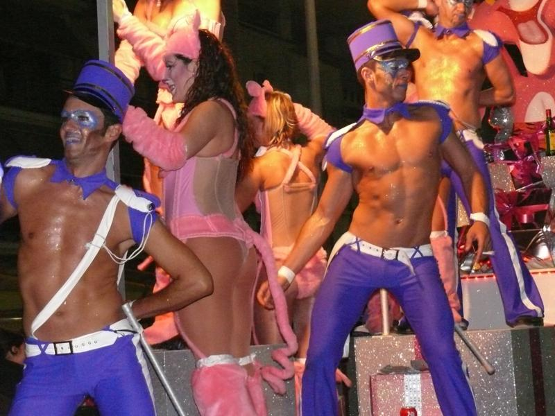 Крупнейшее событие на гей-календаре Барселоны - Карнавал в Ситжес. . Отмеч